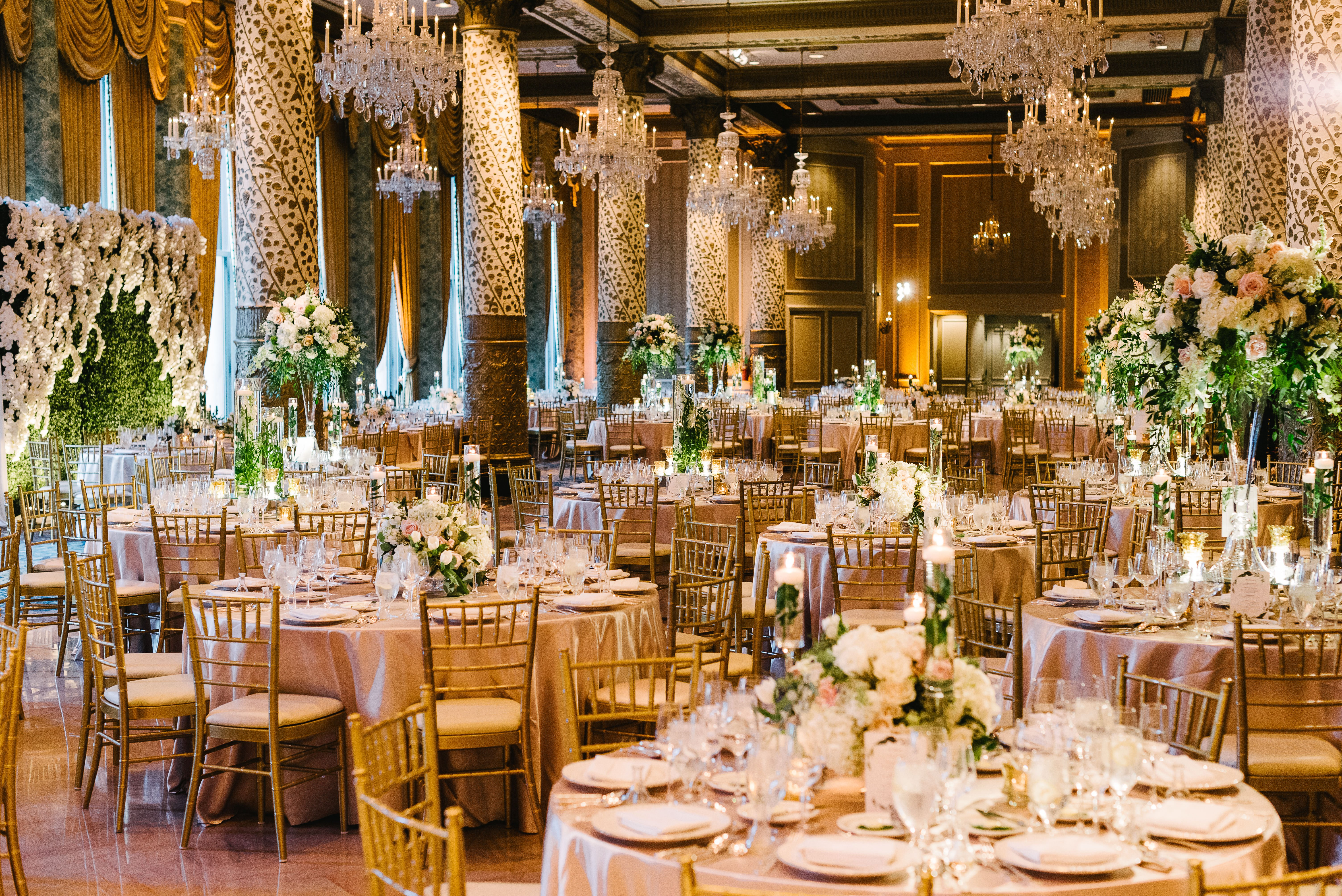 Charming drake hotel in chicago wedding ceremony and for Drake hotel decor