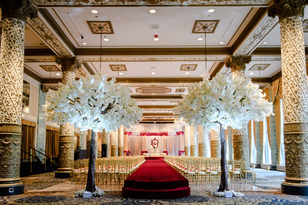 Luxurious Indian Wedding Ceremony Decor At Drake Hotel In
