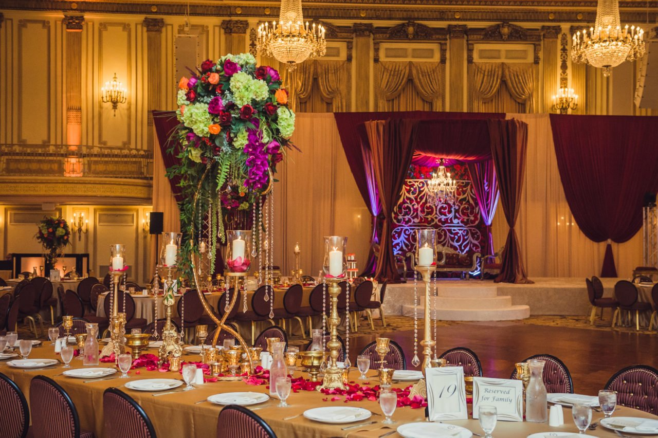 Palmer House Upscale Venue For Traditional Weddings Yanni