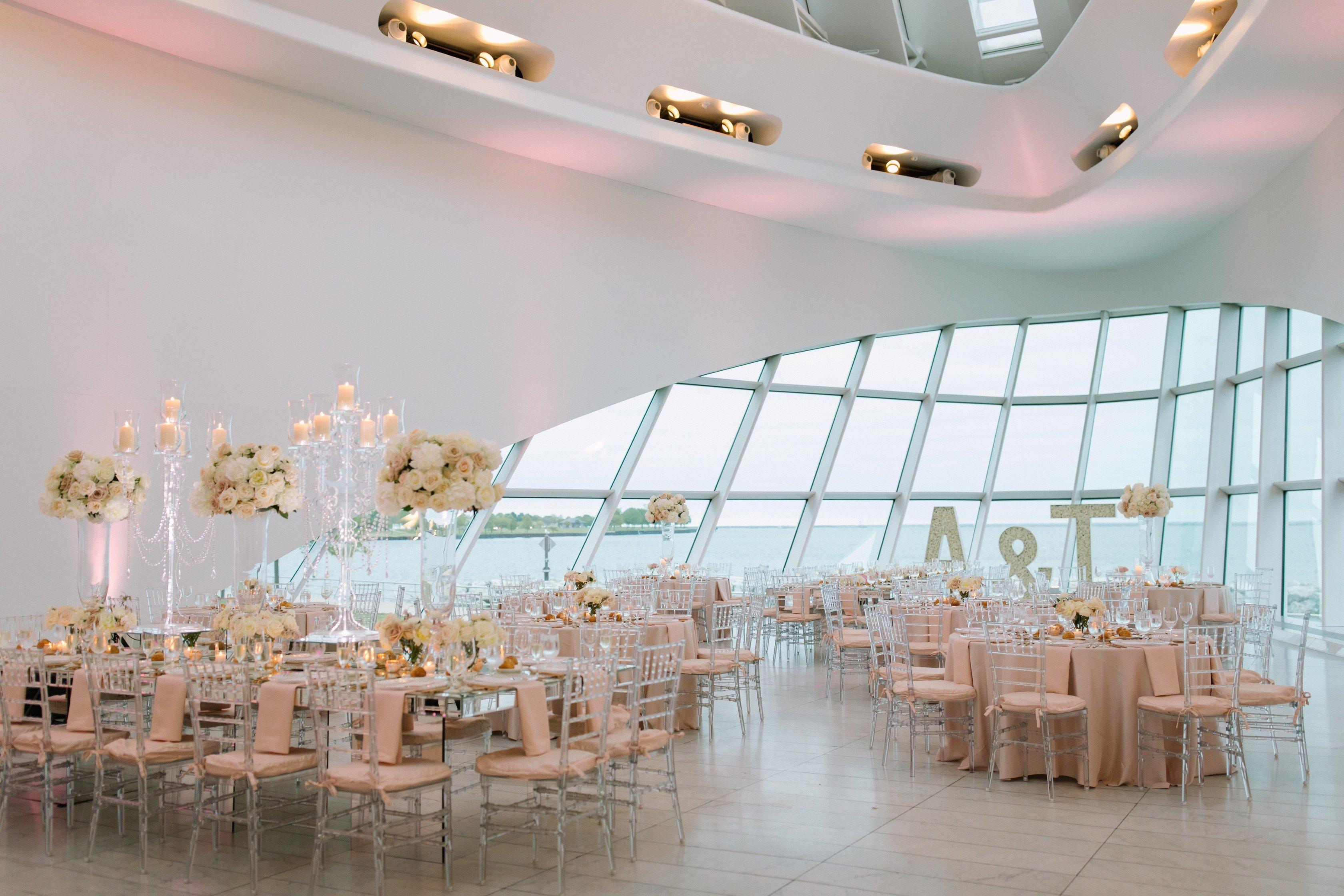 Milwaukee Art Museum The Most Exclusive Wedding Venue In Milwaukee Yanni Design Studio