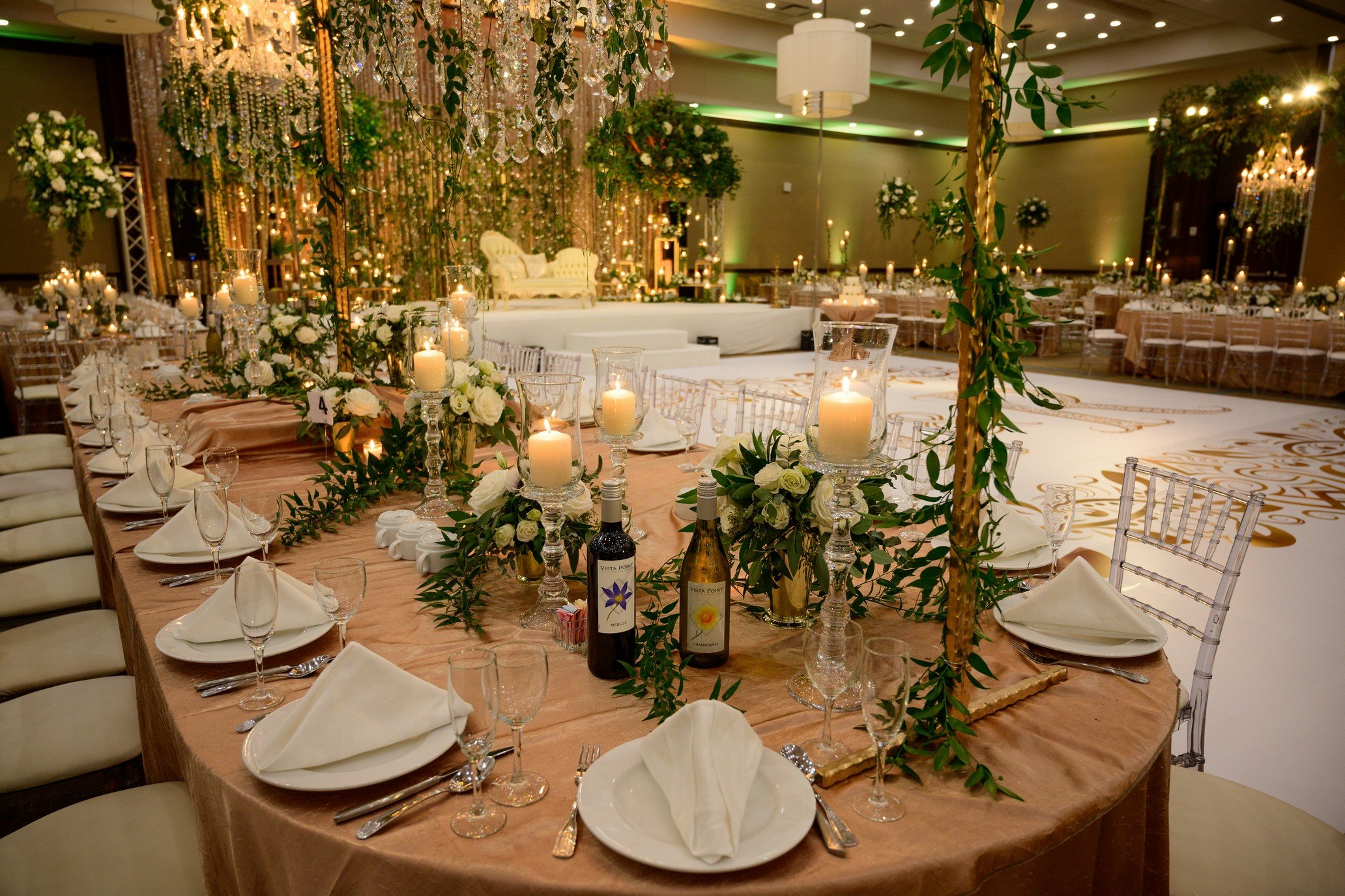 Embassy Suites Naperville Contemporary Chicago Suburbs Wedding